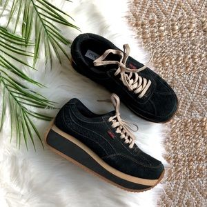 Steve Madden Ralli Retro 90's Platform Sneakers